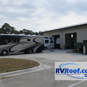 RVs-in-front-of-RVRoof-shop-waiting-on-FlexArmor-roofs